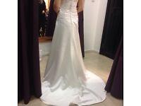 Rosetta Nicolini Wedding Dress Ivory Unaltered. Unworn. Beautiful.Halterneck size 14 Retail £1300