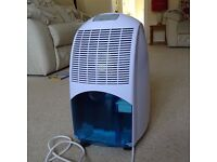 Mains Dehumidifier, 12 litres/day, Auto Humidity Control, 2 Speed 1.5 Litre Tank, 1 Year Old