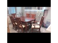TOP QUALITY DINING TABLE AND SIX CHAIRS COST OVER £1000 EXCELLENT CONDITION