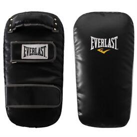 Everlast boxing kick pads. NEW