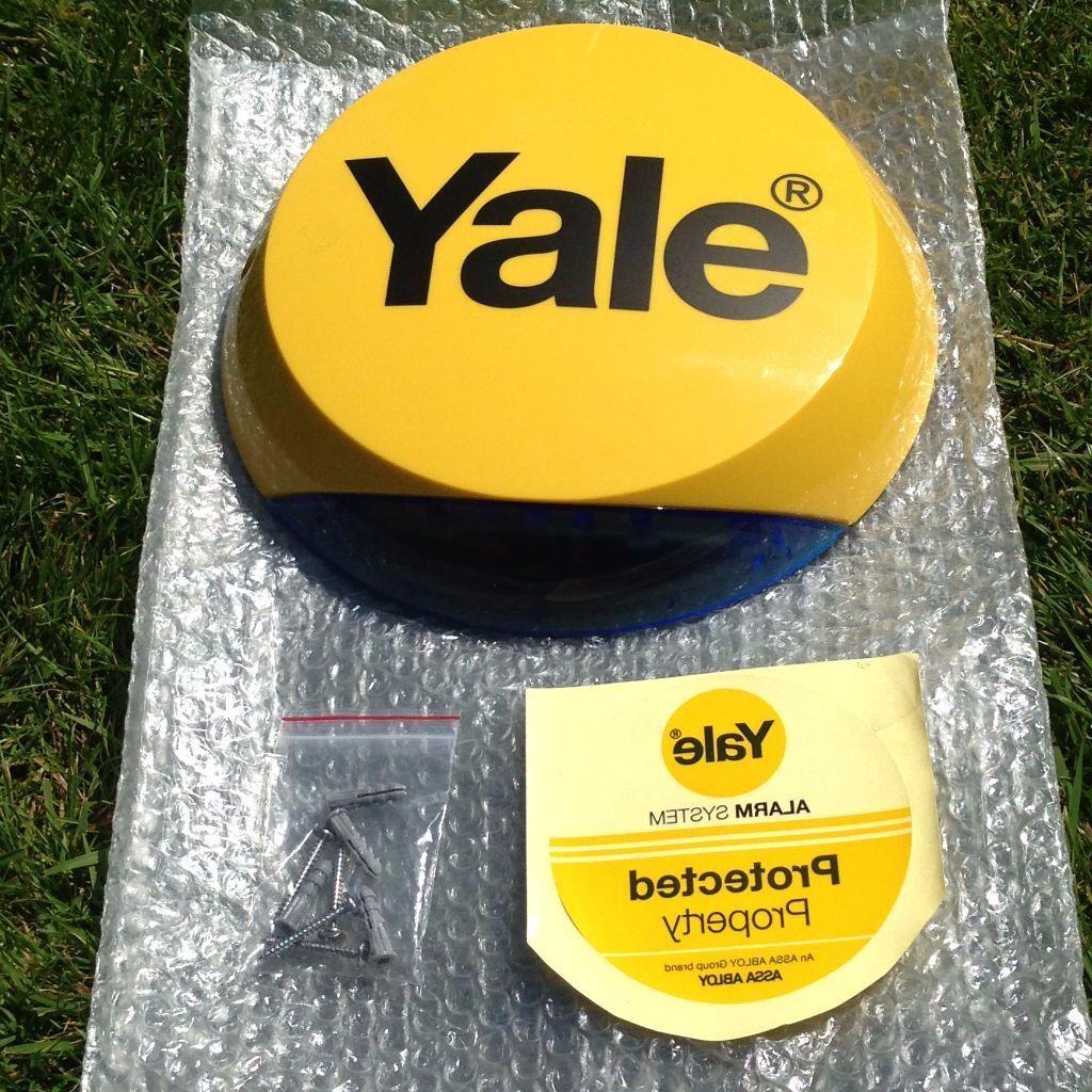 yale dummy alarm box 10 in hedge end hampshire gumtree. Black Bedroom Furniture Sets. Home Design Ideas