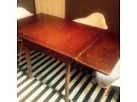 Victorian extendable dining table