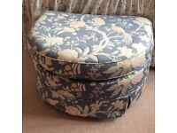 M&S FOOTSTOOL LARGE. REMOVABLE COVER.