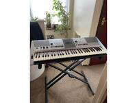 Keyboard by Yamaha E413