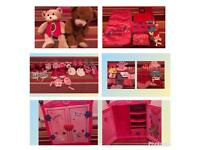Build bear wardrobe and accessories and teddies