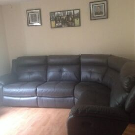 Leather corner recliner sofa (sell or swap)