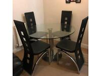 Glass table and x4 chairs