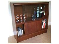 Stylish mid century bookcase, display cabinet, drinks unit