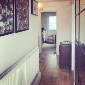 Homeswap 3 BEDROOM flat RTB