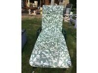 Grosfillex Green Reclining Sunbed With Cushion