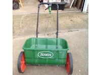 Lawn aerator and Lawn fertilizer spreader