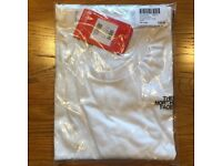 The North Face T-shirt - White - XXL - Brand new in Bag