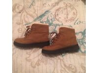 Brand new- Comfy fur lined boots (size 3)