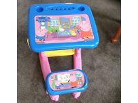 Peppa pig desk £5