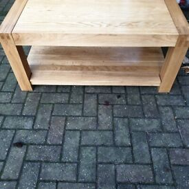 Solid Oak Cofee Table