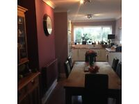 DOUBLE BEDROOM IN PRIVATE HOUSE TO RENT - BRYNMILL