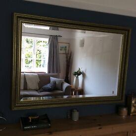 Beautiful sturdy mirror ready to hang