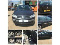 Renault Megane DCI 120 Estate 2005 1.9 Black MV576 Front bumper all parts available