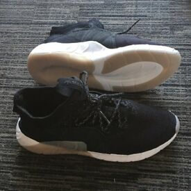 Adidas Tubular Rise black new size 9