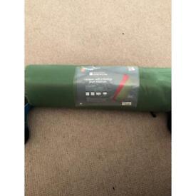 Camper self-inflating mat