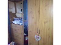 Bedroom set 2 x wardrobes, 2 bedside cabinets & chest of drawers £100