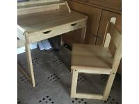 WOODEN CHILDRENS DESK