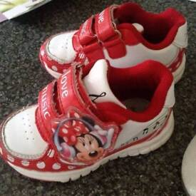 Minnie mouse girl shoes