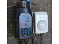 Automatic Aquarium Fish Tank Food Feeder Food Supply and digital thermometor