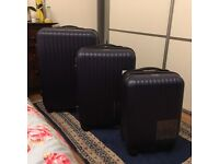 Set of 3 new suitcases