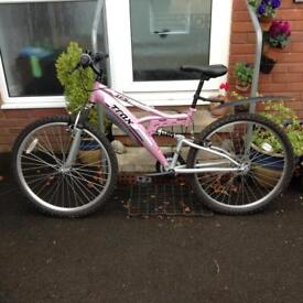 Ladies full suspension bike 18 speed