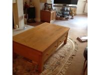 Solid oak coffee table in good condition