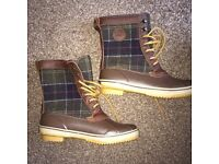 Brand New Barbour Boots, size 10