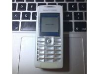 RARE CLASSIC Sony Ericsson T630 Unlocked Mobile Phone in White + Charger + Sim Card