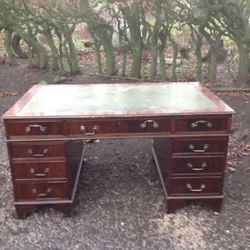 Traditional/ Victorian/ style desk