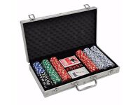 300 Casino Play Texas Hold Em Game Poker Chips Set & Cards Decks + Dice + Case