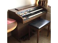 Classic Hammond Organ Model 124JM3