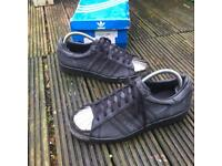Adidas black metal toe trainers size 6