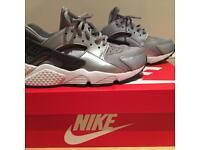 Nike Air Huaraches 👟