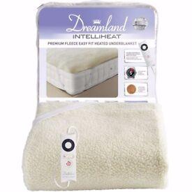 Dreamland Intelliheat Premium Fleece Fitted Underblanket