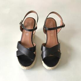 Sandals, Heels