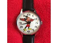 Vintage Disney Mickey Mouse Wind Up Watch