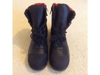 Red Wing 3282 Safety Boots. NEW