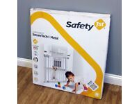 Safety 1st Secure Tech Metal Stair Gate New & Boxed