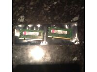 2 Gig 2 x 1 gig sticks of Kingston DDR2 SODIM laptop memory matched pair