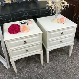 Pair of bedside cabinets, white colour