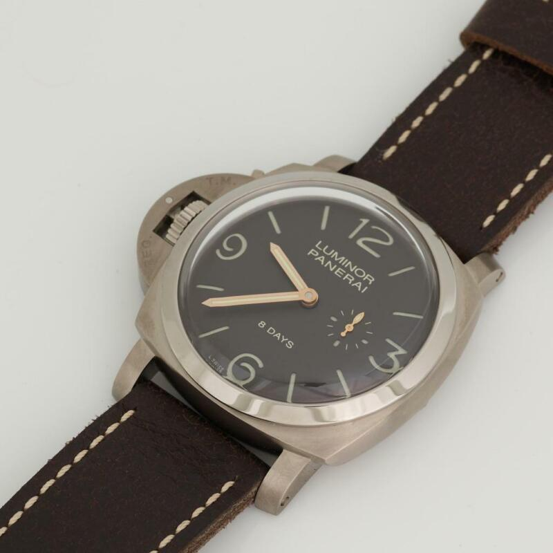 Panerai PAM 368 Luminor 1950 Left-handed 8 Days Titanio 47mm - watch picture 1