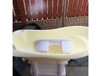 Baby bath and tub