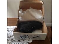 New in box Men's work boots