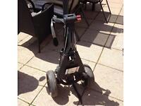 Sturdy golf trolley