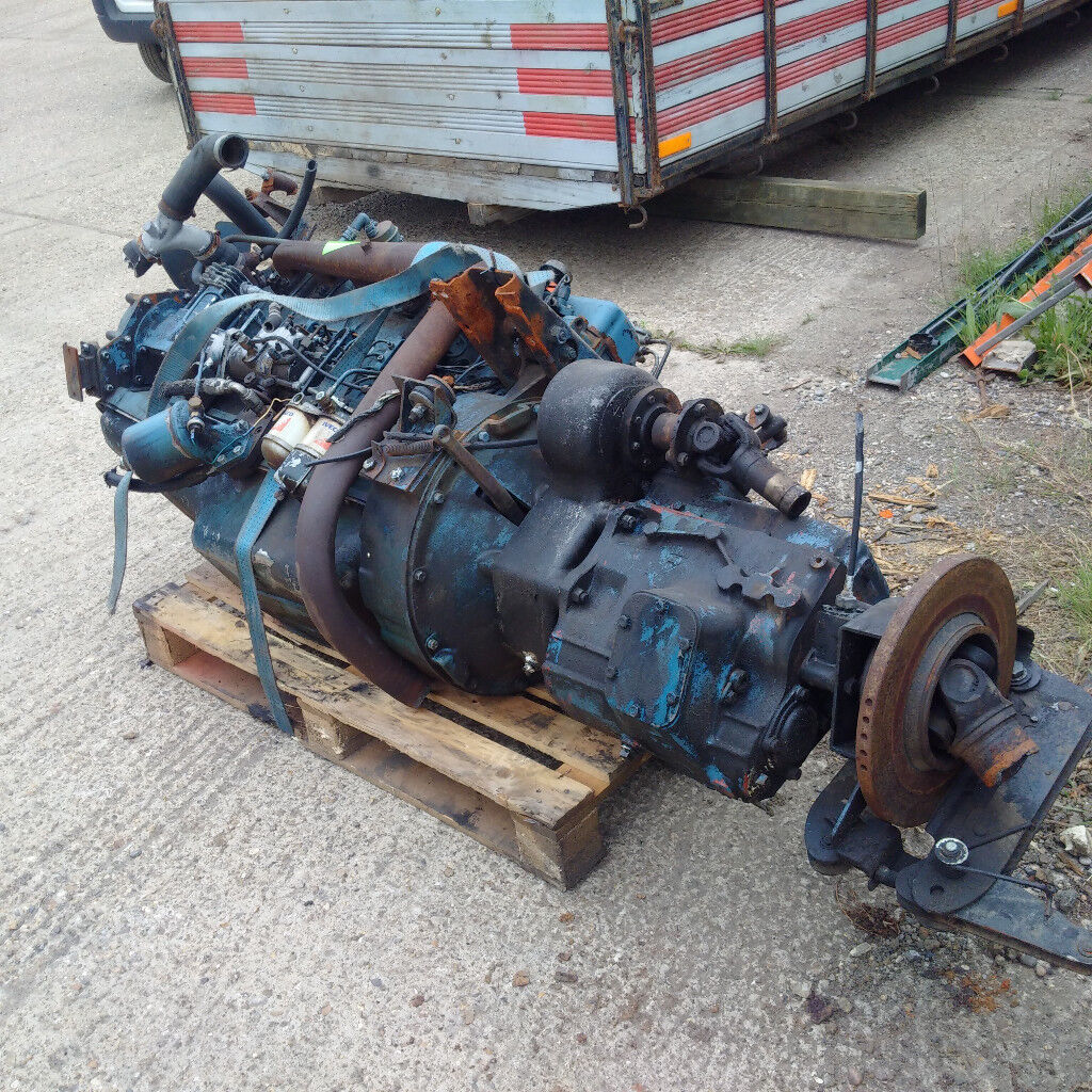 Bedford 6 cylinder diesel engine and gearbox for BEDFORD TK